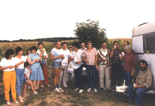 1986group2kgt.jpg